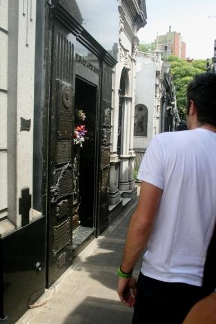 Túmulo de Evita Perón no Cementerio de La Recoleta, Buenos Aires, Argentina, 07/01/2011 — em Buenos Aires, Distrito Federal, Argentina.