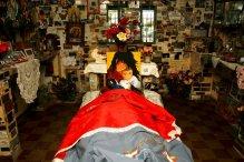Sala votiva do quarto da Difunta Correa, Santuário da Difunta Correa, Valecito, San Juan, Argentina, 26/01/2011 — em Caucete, San Juan, Argentina.