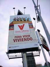 Há propaganda política por toda parte... Av. Libertador, Caracas-DF, Venezuela, 20/08/2011