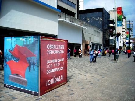 Blvd. de Sabana Grande, com obras de arte espalhadas por toda parte. Caracas-DF, Venezuela, 22/08/2011